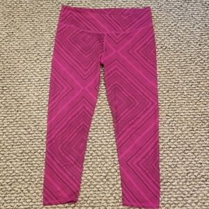 Fabletics yoga athletic capris leggings pants